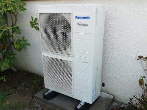 Installation de pompe à chaleur en extérieur à Nantes et Cholet par Airfix Energies